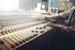 musica-consulenza-radiofonica-vegliante