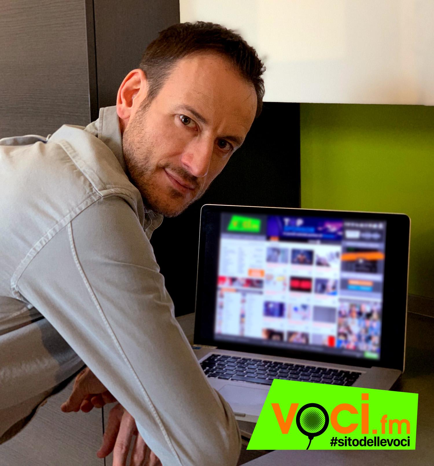 VOCI.fm-nuovo sito VOCI.fm-matteo mattiacci-matteo mattiacci VOCI.fm-consulenza radiofonica-nuovo logo-servizi VOCI.fm-matteo mattiacci ceo voci.fm