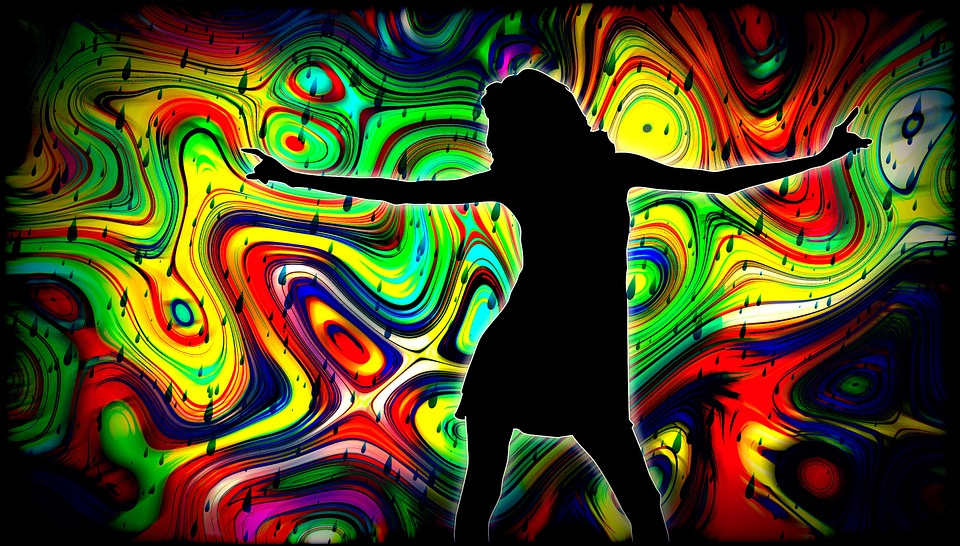 donna balla musica
