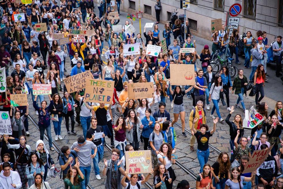 Giovani manifestazione ambiente